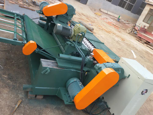Function of axisless CNC veneer peeling machine
