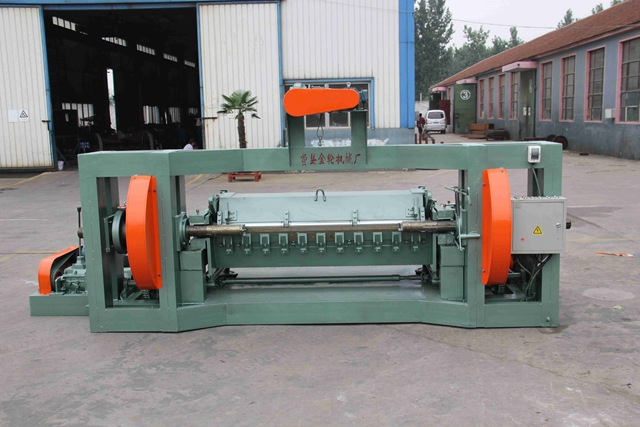 Advantages of spindle veneer peeling machine system