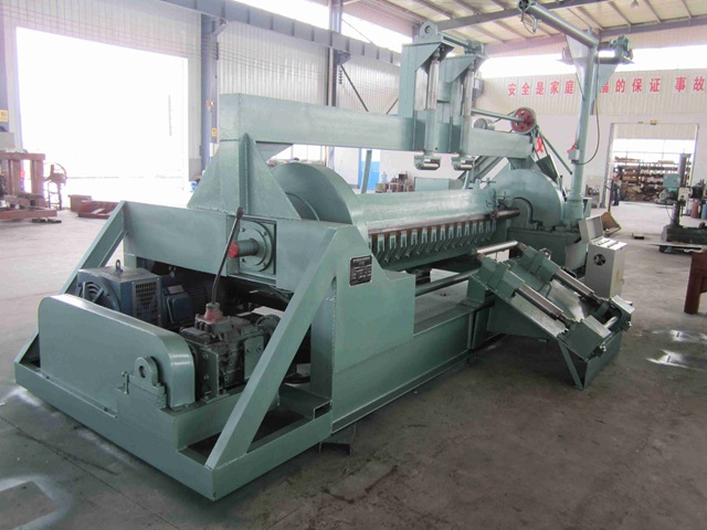 The correct use of veneer peeling machine and how to maintain it