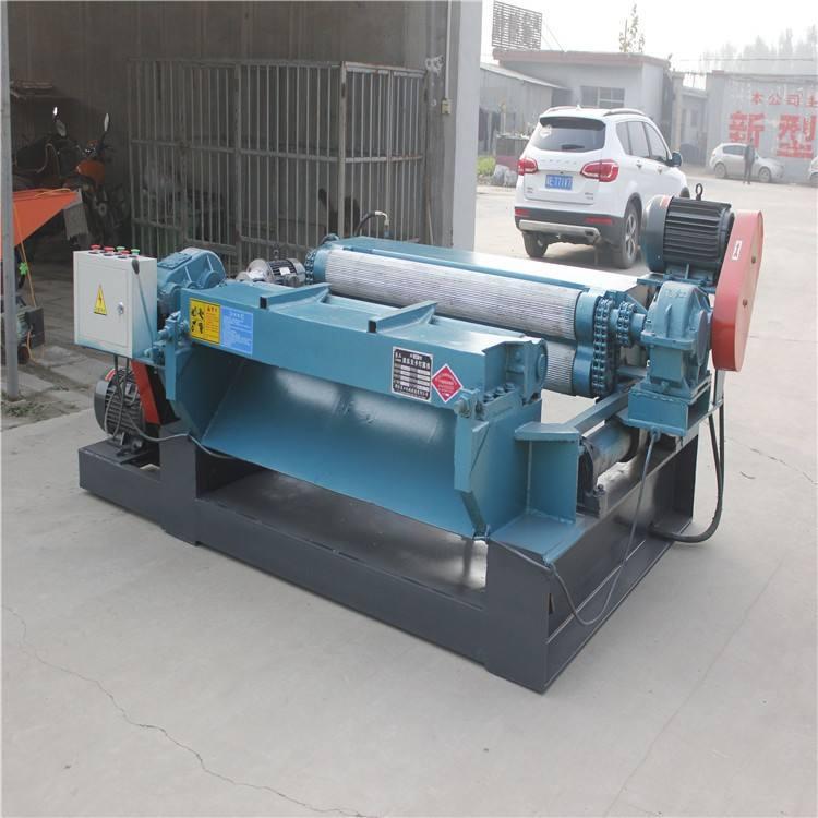 Cardless CNC Veneer Peeling Machine